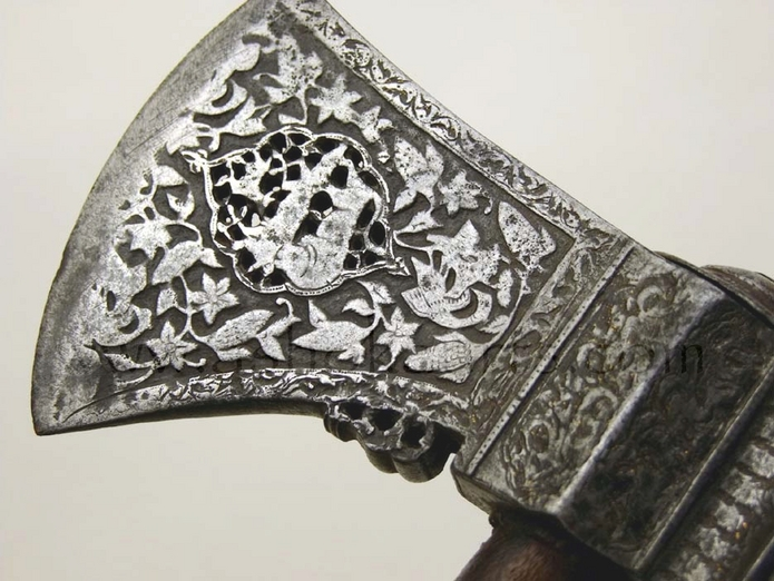 Safavid period Persian Axe with chiselled wootz steel blade