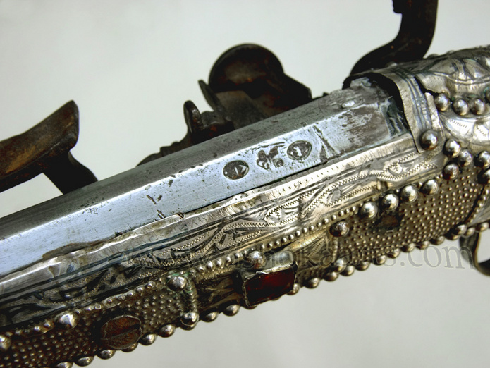 Moroccan Kabyle Snaphaunce musket with silver niello and inlaid stones circa 1850
