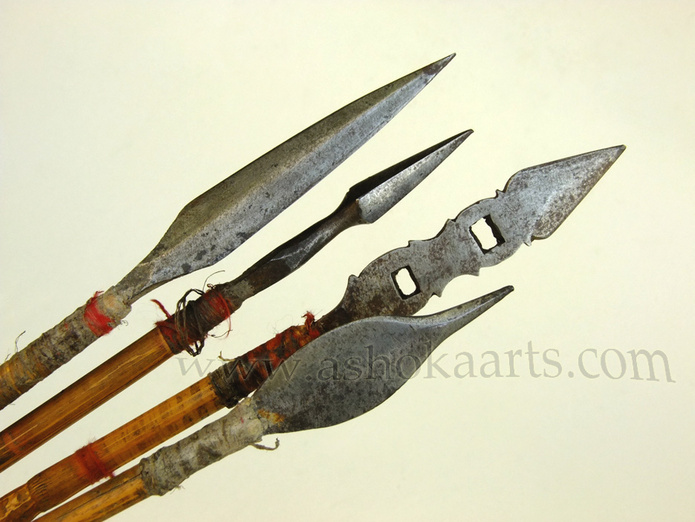 Small group of Central Asian or Mongolian arrows